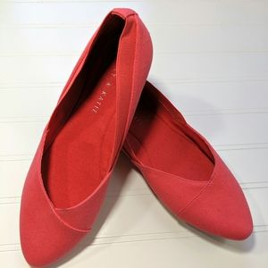 Katie & Kelly Coral Canvas Flats